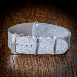 nato-premium-grigio-chiaro-mano (1)