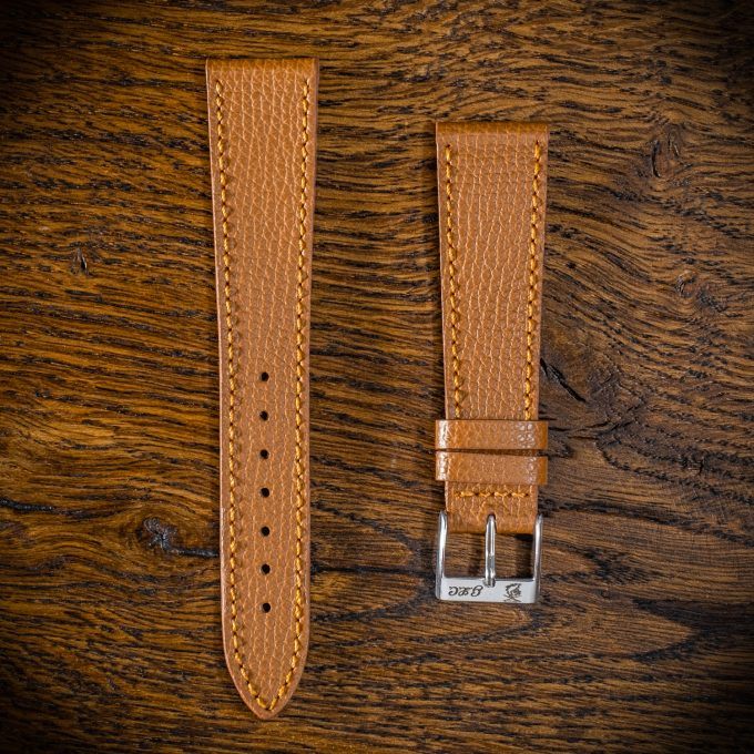 paris-brown-lion-m5-thread-in-tone (1)